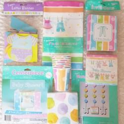 Babyshower decoratie pastelkleurig pakket Baby Kleertjes