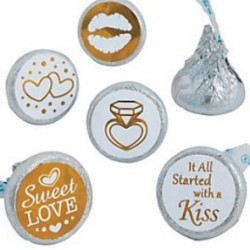 Pak met 60 kleine ronde stickertjes Love is Sweet