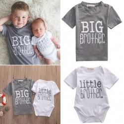 Setje bestaande uit een grijs t-shirt Big Brother en een wit rompertje Little Brother