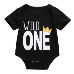 Babyromper Wild One zwart met witte tekst en kroontje