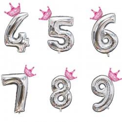 Set met zilveren folie ballon in de vorm van een cijfer en een roze of blauw kroontje