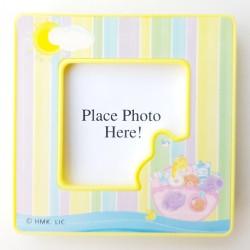 Aandoenlijk mini baby fotolijstje met magneet aan de achterkant