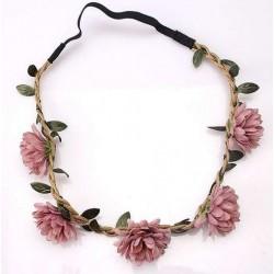Bohemian style gevlochten haarbandje met blaadjes en oud roze bloemen