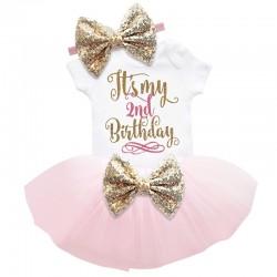 Driedelig 2e verjaardag setje Elegant in de kleuren wit, goud en licht roze