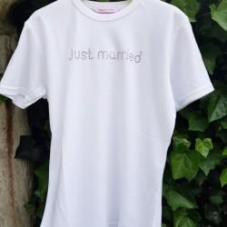 Wit of zwart t-shirt met in strass steentjes de tekst Just Married