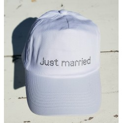 Cap met in strass steentjes de tekst Just Married wit