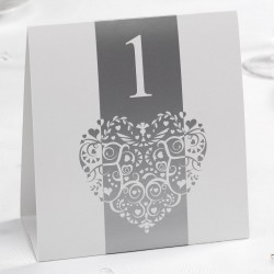 Pak met 12 Vintage Romance White and Silver dubbelzijdige tafelnummers