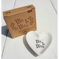 Hartvormig Mr & Mrs stenen ringenschaaltje