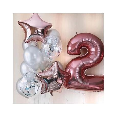 Ballonmix rosé goud met zilver voor de tweede verjaardag van een jongen of meisje