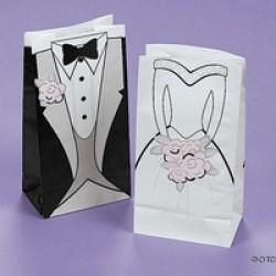 24 Papieren cadeautasjes bruid en bruidegom