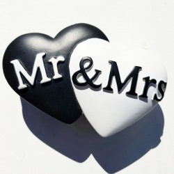 Aandoenlijk stenen opberg- c.q. ringendoosje Mr & Mrs Two Hearts For Ever
