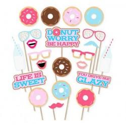 Pak met 16 fotoprops Donut Happy Birthday Party