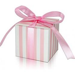 Roze met wit gestreepte giftbox