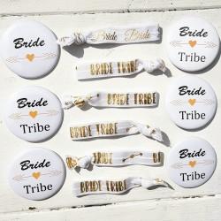 12-delige set met 6 buttons en 6 armbanden Bride Tribe wit met goud