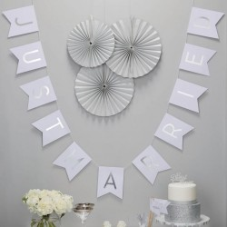 Zilveren Just Married letterslinger Metallic Perfection
