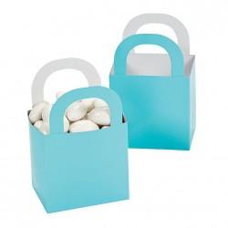 Aantrekkelijke geprijsde en grappig vorm gegeven giftboxes licht blauw