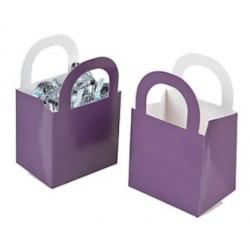 Aantrekkelijke geprijsde en grappig vorm gegeven giftboxes lila