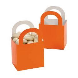 Aantrekkelijke geprijsde en grappig vorm gegeven giftboxes oranje