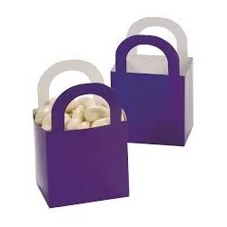 Aantrekkelijke geprijsde en grappig vorm gegeven giftboxes paars