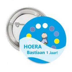 Button Birthday blue met eigen tekst