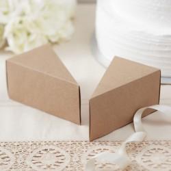 Pak met 10 kartonnen doosjes in de vorm van een taart punt