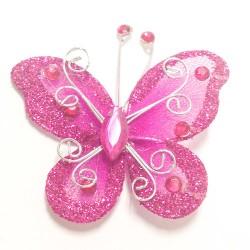 Letterlijk en figuurlijk schitterende organza vlinder met metaaldraad langs de randen fuchsia roze