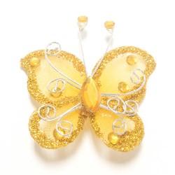 Letterlijk en figuurlijk schitterende organza vlinder met metaaldraad langs de randen goud