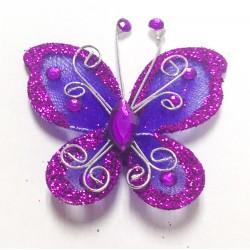 Letterlijk en figuurlijk schitterende organza vlinder met metaaldraad langs de randen paars