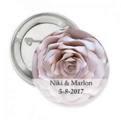 Button A Sophisticated Love met eigen tekst