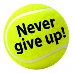 Button Never give up of een eigen tekst
