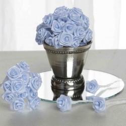 Bundeltje met 12 stoffen roosjes baby blauw