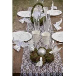Prachtige kanten tafelloper wit van 30 cm breed en 5 meter lang