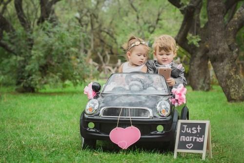 Zo zorg je er voor dat de kinderen het naar hun zin hebben op jullie bruiloft